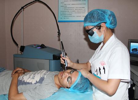 调Q755激光治疗